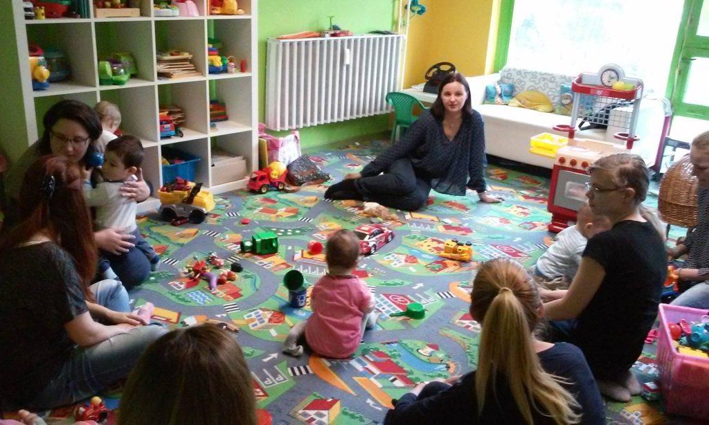 Októberi anyaklub: időgazdálkodás gyerek mellett